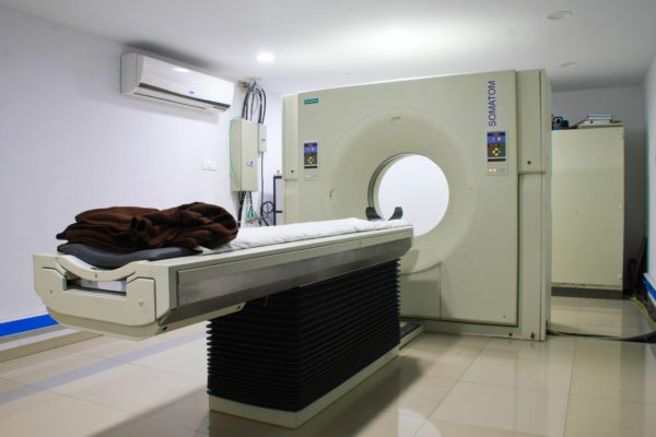 http://deoyanihospital.com/wp-content/uploads/2017/11/22.CT-Scan-600x400-1-600x400.jpg